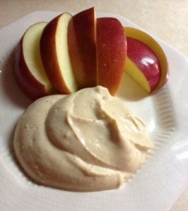 Quickie: Peanut Butter & Cinnamon Greek Yogurt Dip (veg, gf)